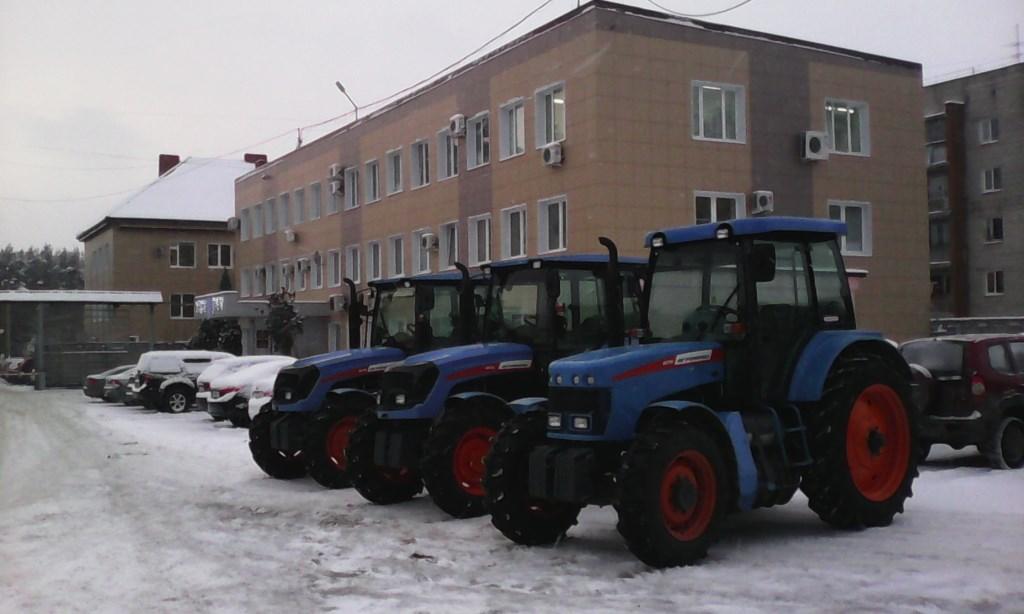 Инновационные газовые тракторы АГРОМАШ будут работать на дорогах Владимирской области