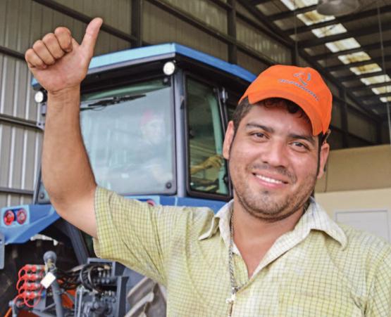 Коллектив сервисного центра доволен качеством тракторов АГРОМАШ