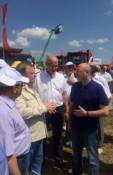 Глава Концерна «Тракторные заводы» ознакомил  губернатора Алтайского края с техникой АГРОМАШ