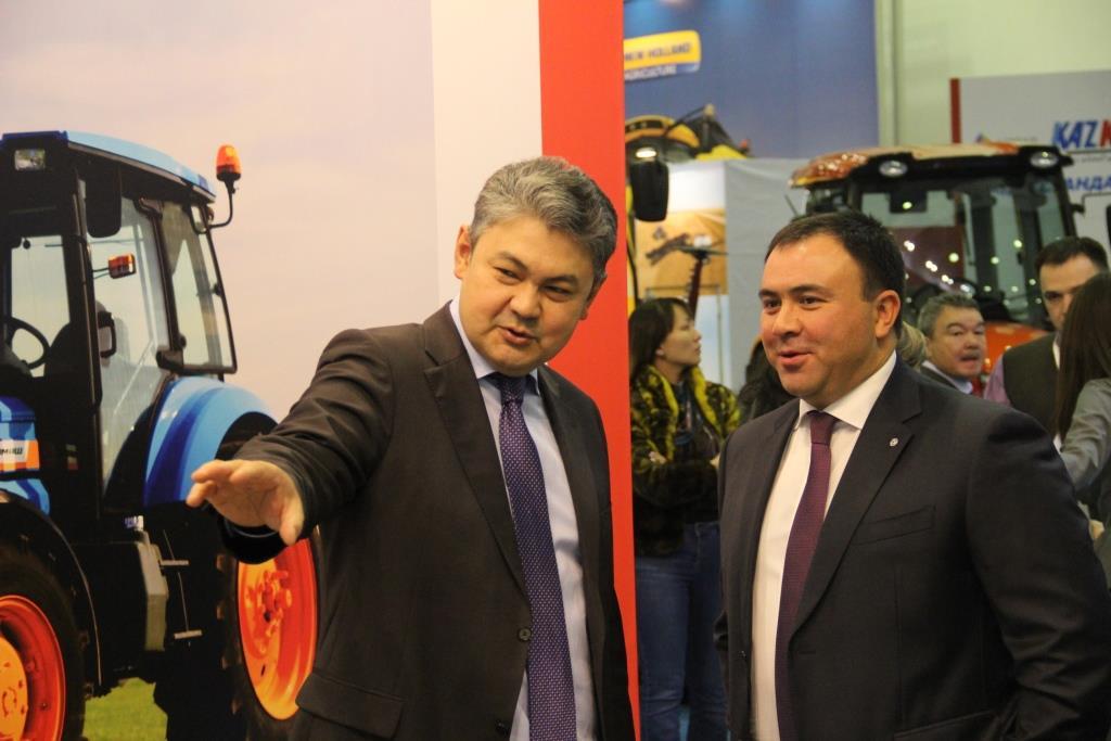Техника АГРОМАШ вызвала живой интерес в Казахстане