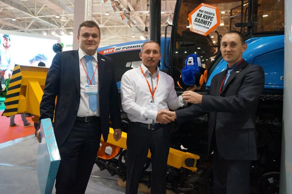 Стенд компании «Агромашхолдинг» продолжает работу в Краснодаре