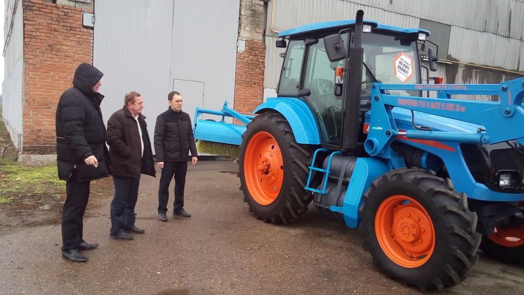 В Краснодарском крае прошла презентация трактора АГРОМАШ 85ТК Метан